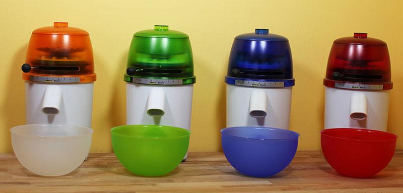 hawos Novum Getreidemühle in vier attraktiven Farben erhältlich