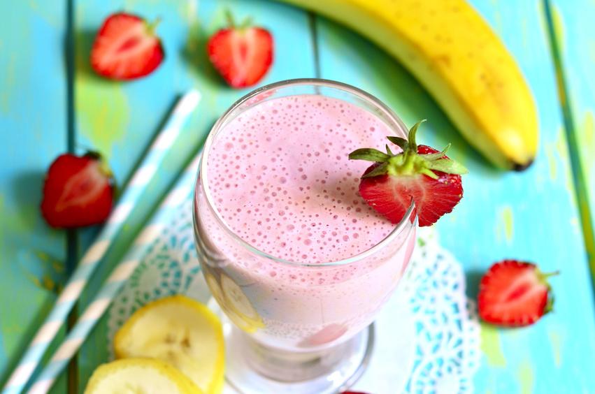Erdbeer-Bananen-Smoothie - Fotolia 85192306