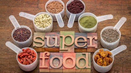 superfoods in sccop and letterpress typography Datei: #86608552 | Urheber: Marek