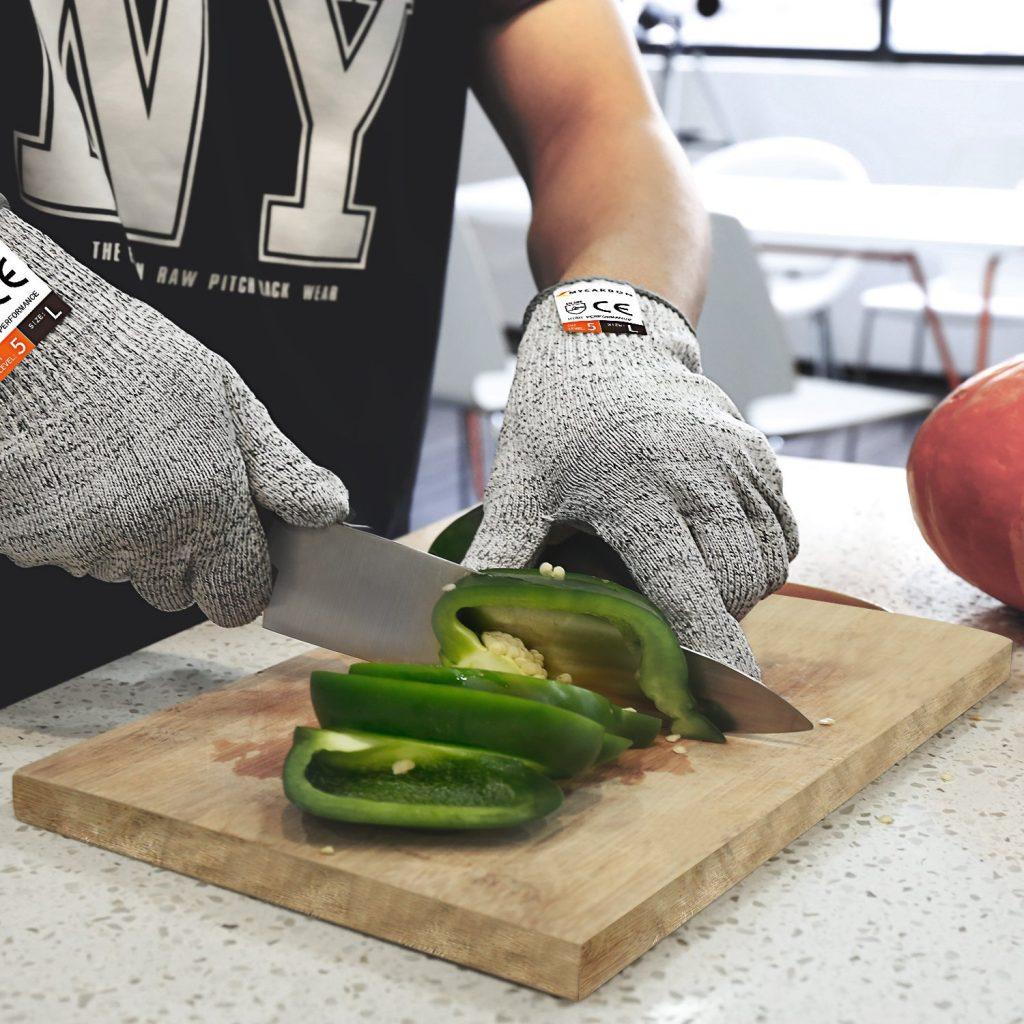 Die besten kuchenhelfer bestenliste perfektegesundheit for Schnittschutzhandschuhe küche