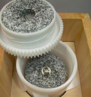Mahlkammer aus lebensmittelechtem Kunststoff Schnitzer Pico Getreidemühle Buche