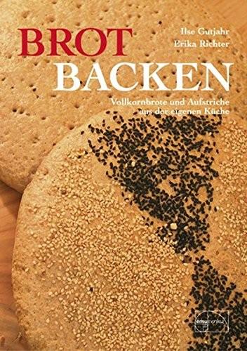 Brot backen, Vollkornbrote und Aufstriche aus der eigenen Küche