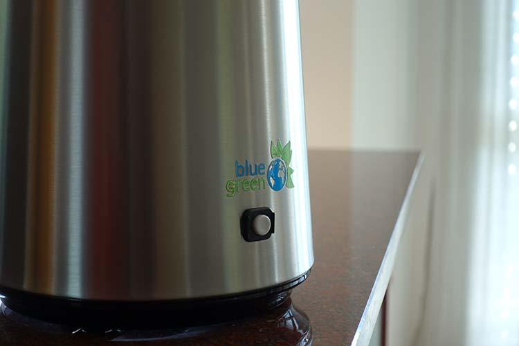 blue green Wasserdestilliergerät Logo