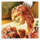 Tomaten-Basilikum-Sauce ob roh oder gekocht entscheiden Sie durch die Dauer des Mixvorgangs beim Vitamix